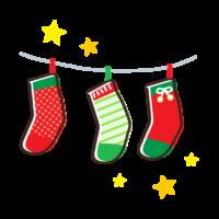 吊るしたクリスマス靴下と星のイラスト