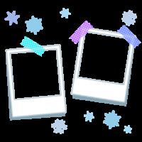 雪の結晶と2枚のポラロイド写真のフレーム・枠イラスト